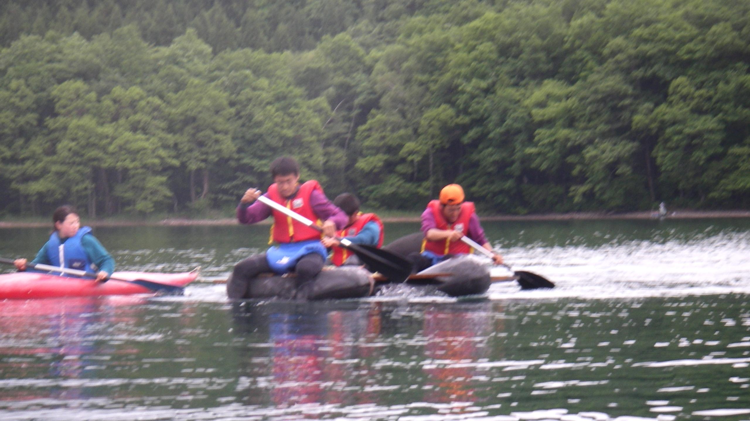 OBS-JALT2006-44日目:青木湖にて、手作りいかだで湖上レース!