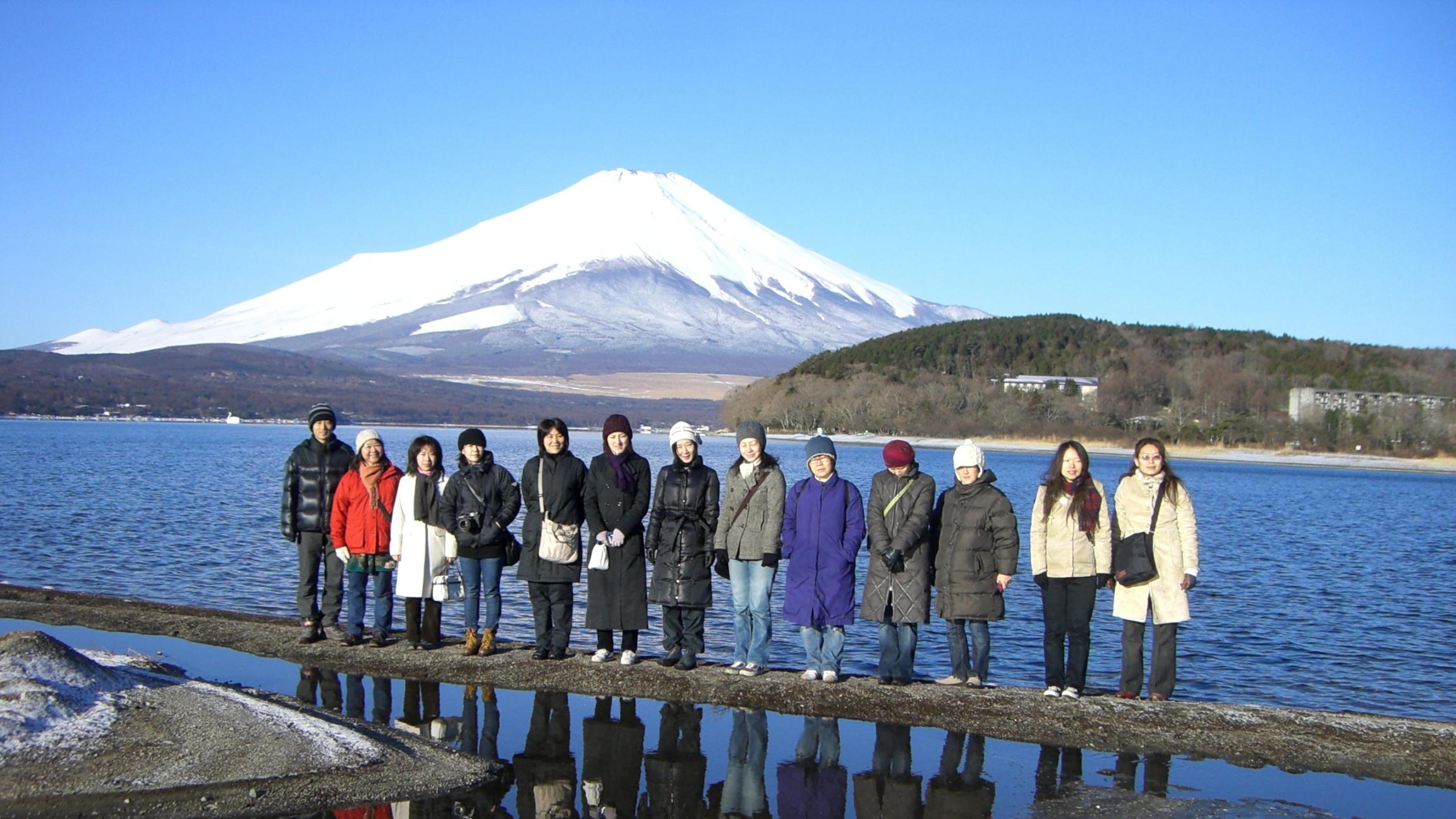 富士山がクッキリ!感動のハタヨーガ合宿。