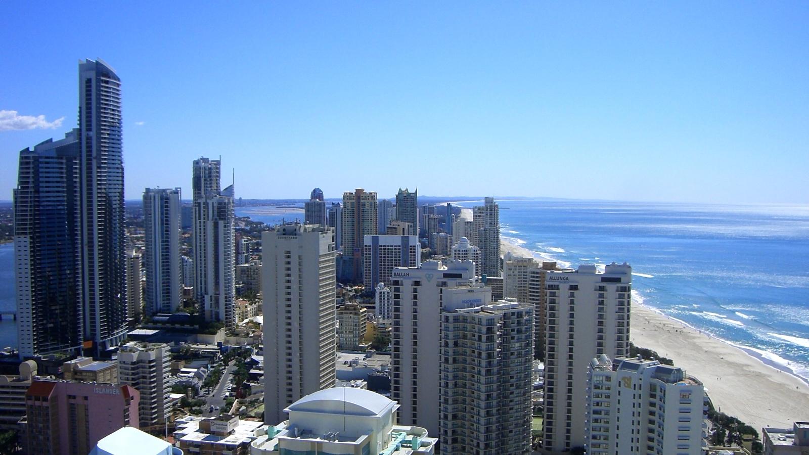 オーストラリア16日目:ゴールドコーストの街を眺めつつ、朝から誕生パーティー!