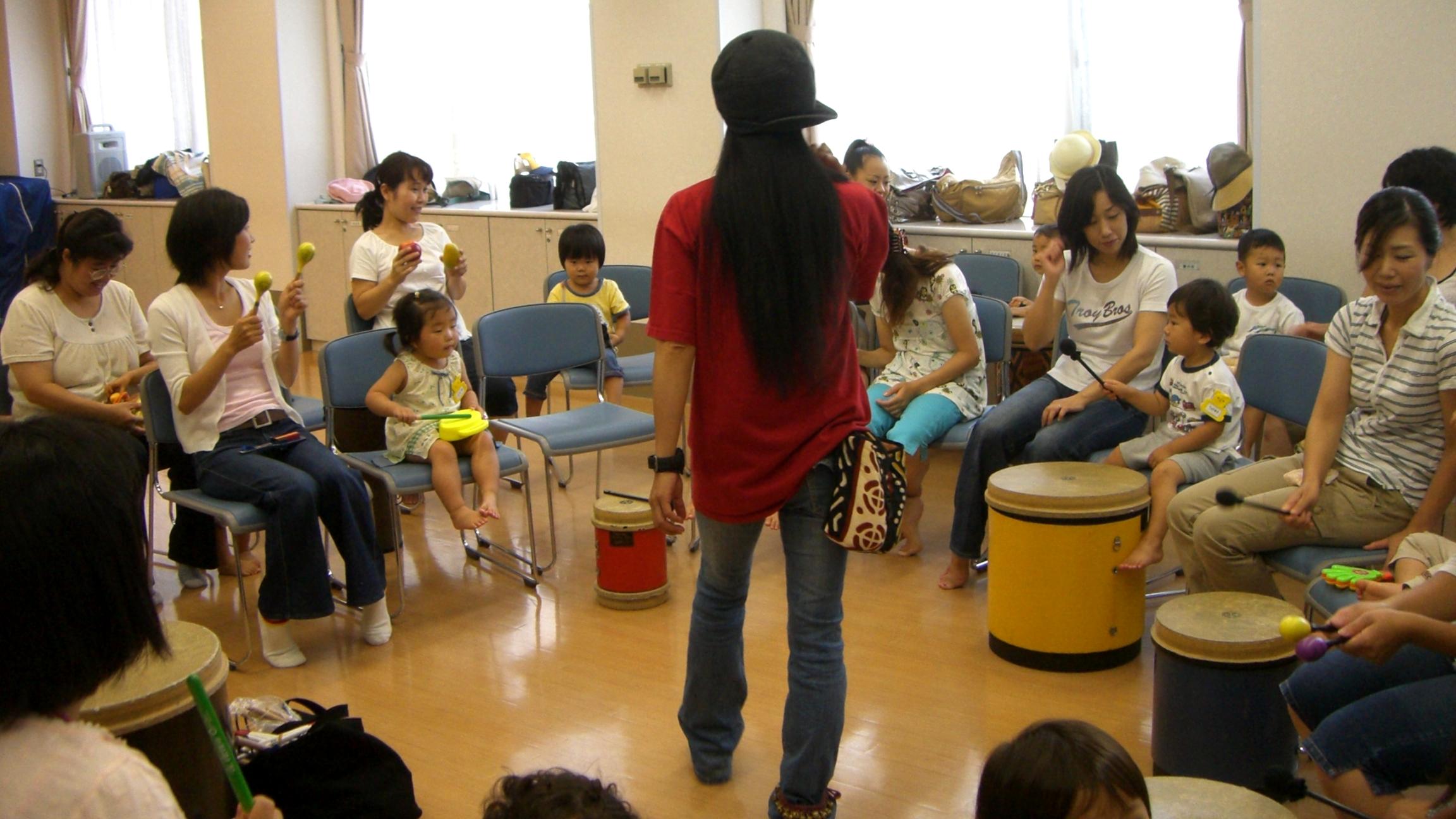 2~3歳児向けのドラムサークルお手伝いで横浜へ!
