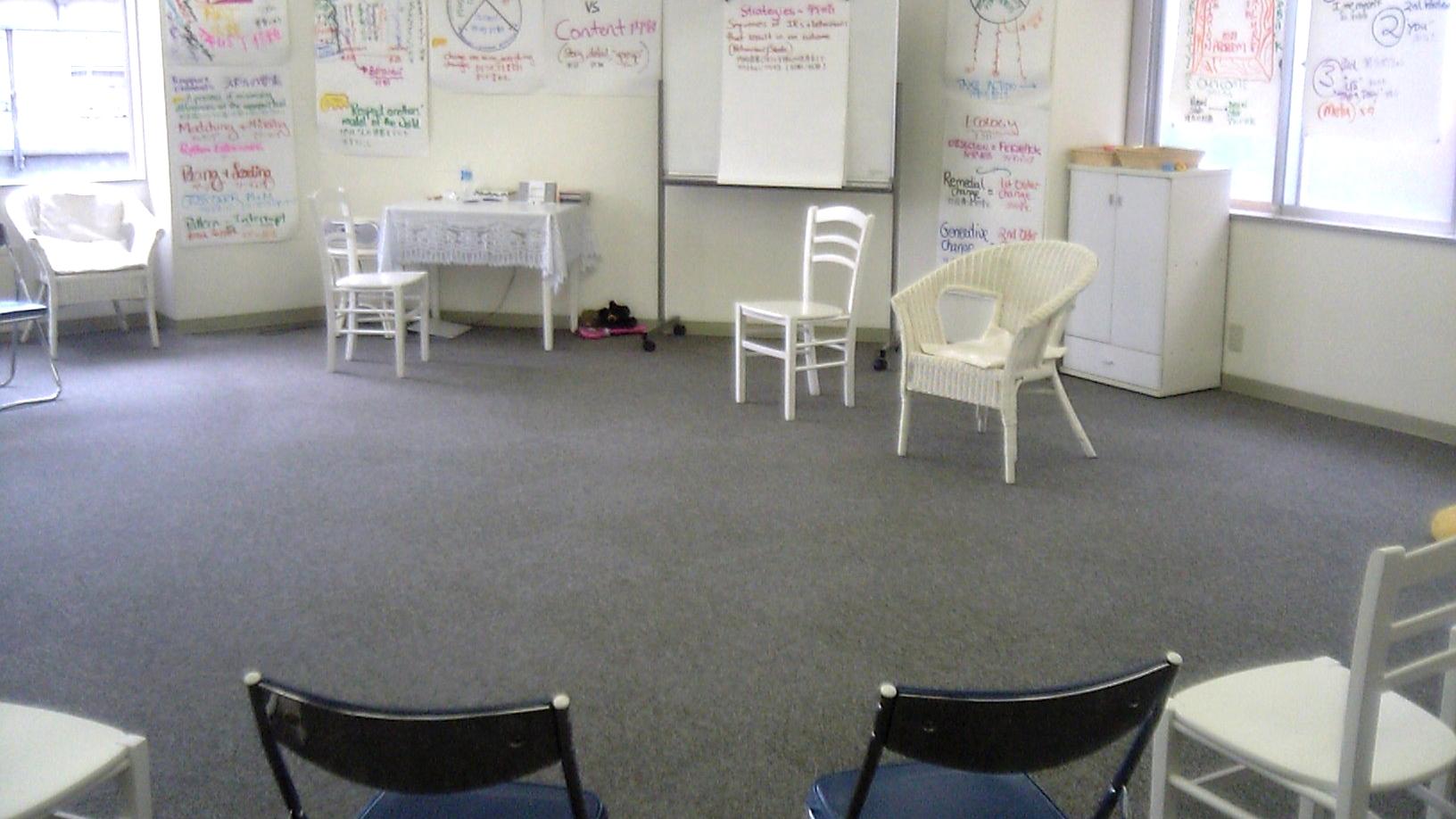 NLP心理学プラクティショナーコースのアシスタントで参加者に混じって初心に返る!