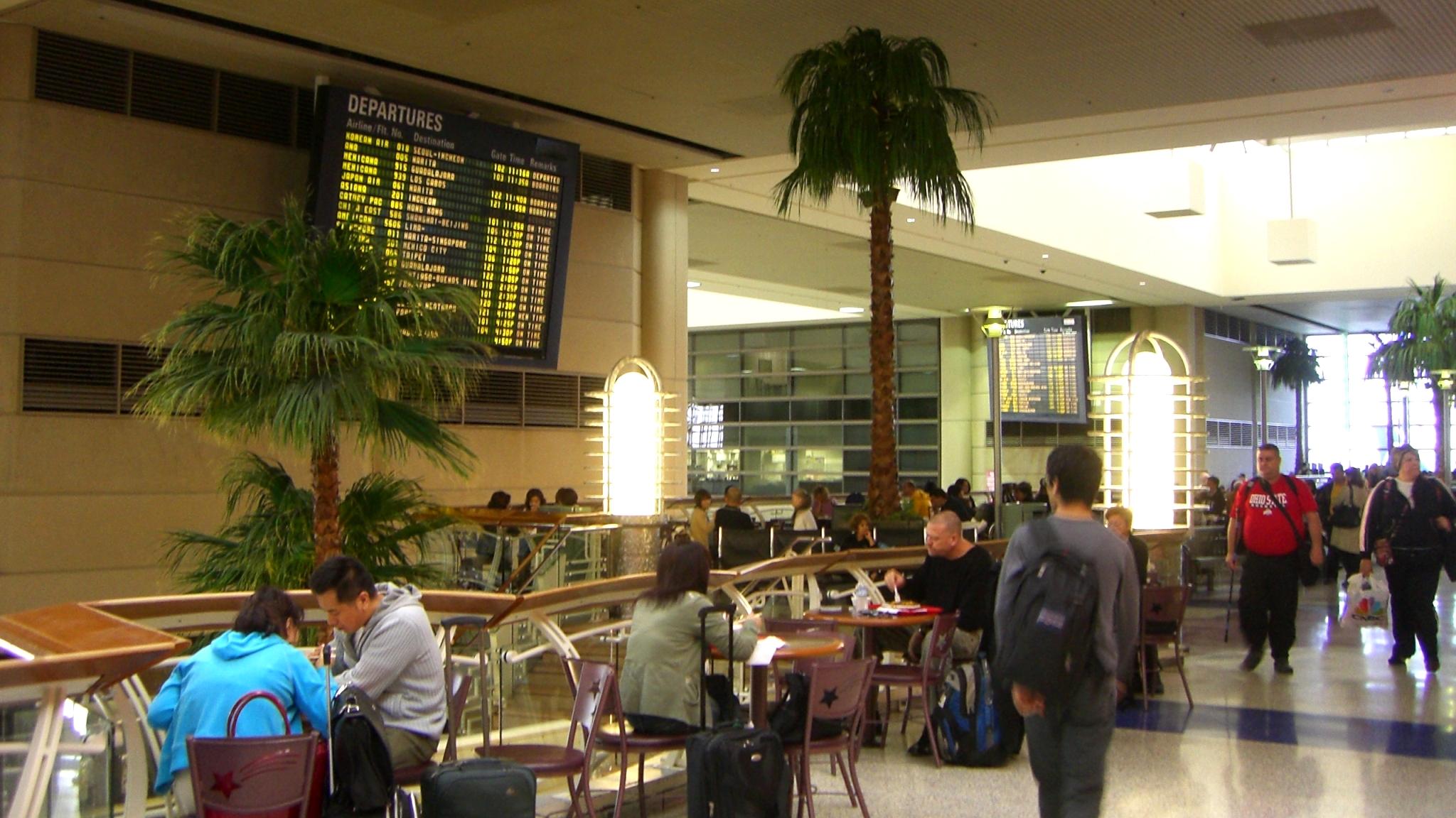 【LA6日目】空港のカフェでのんびりお茶!