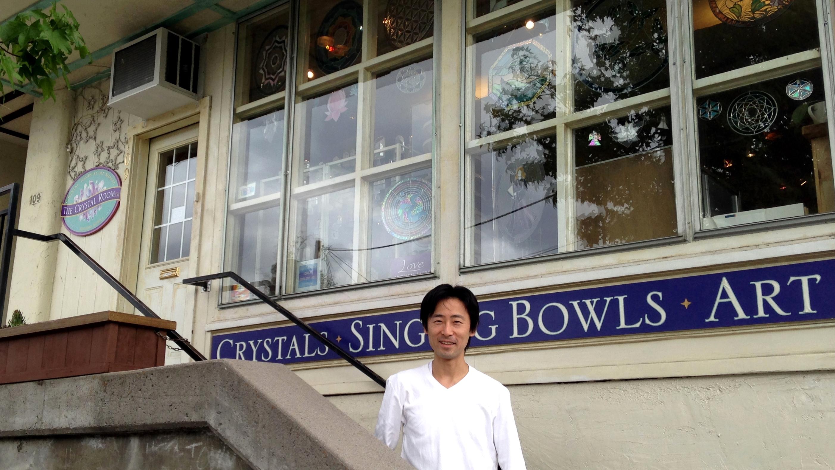【シャスタ3日目午後】シャスタシティのスピグッズの店と、辛いタイラーメン!