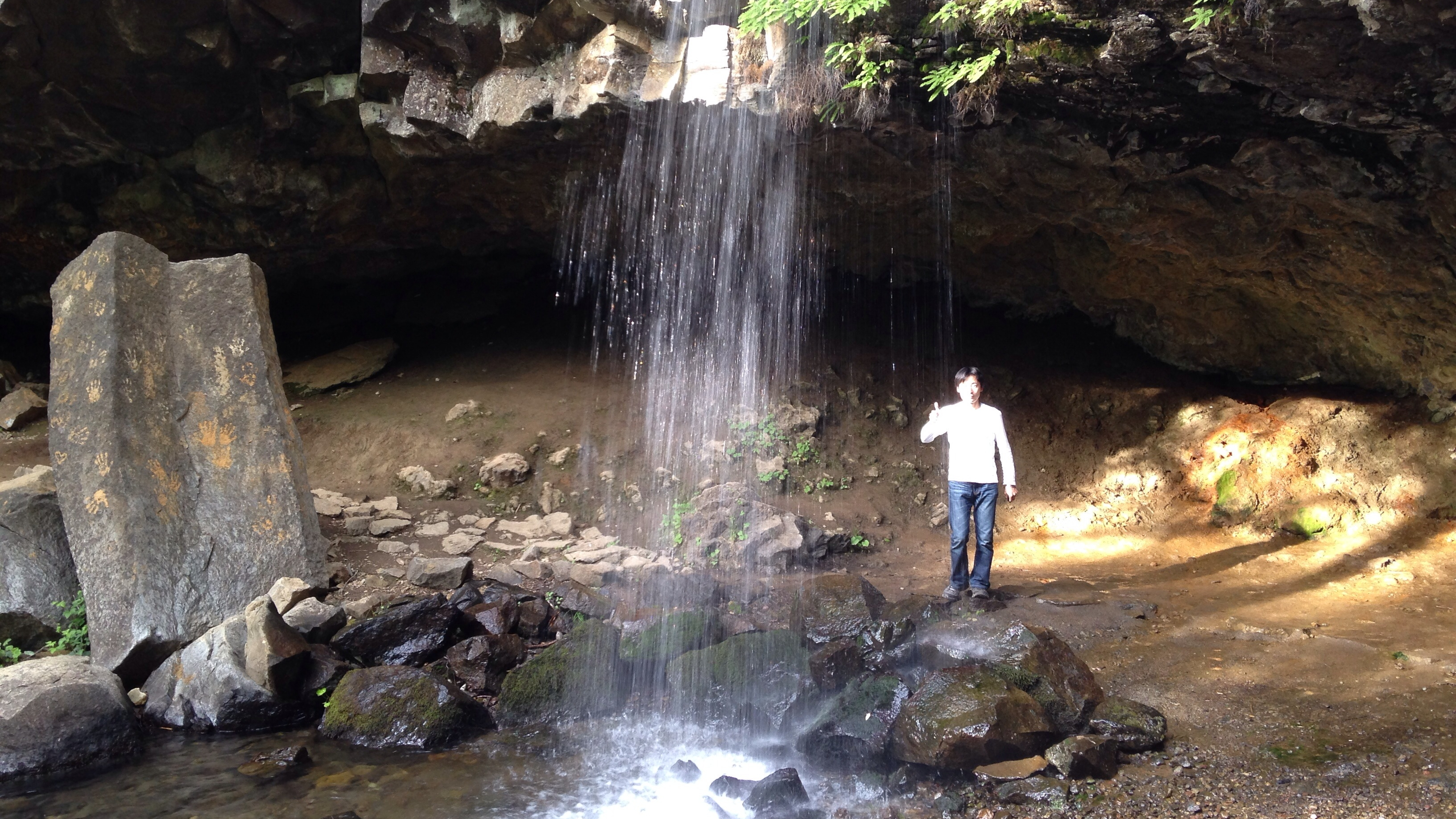 【シャスタ3日目夕方】日本で言えば行者滝?Hedge Creek Fallsへ!